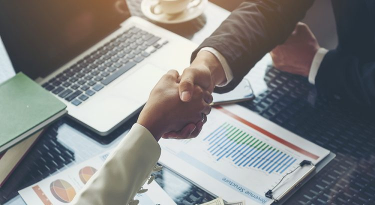 l-accord-collaboration-lier-marque-influenceur.jpg